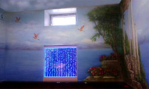 Аэрография на стене в бассейне