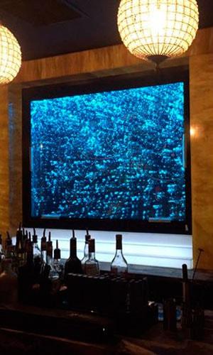 Пузырьковая монопанель в баре