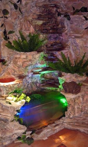 Водопад для дома с аквариумом