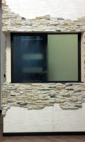 Водопад между комнат