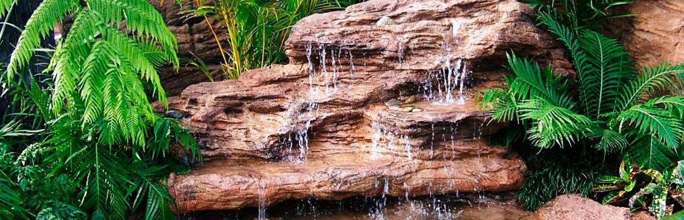Искусственный водопад на даче