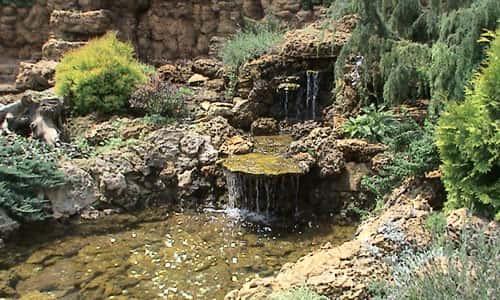 Водопад с прудом