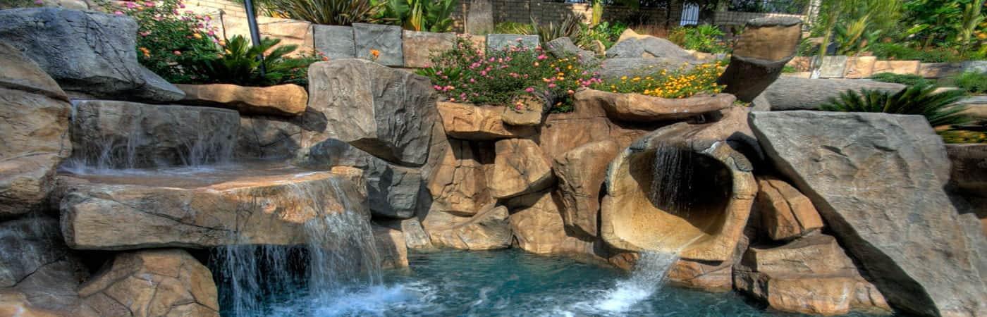 Ландшафтный водопад с прудом