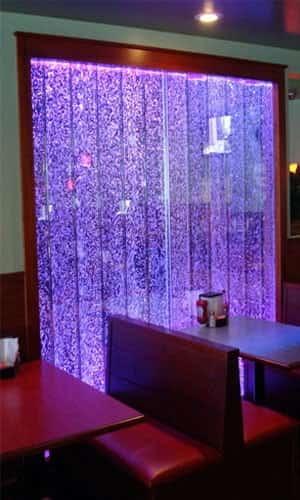 Сотовая панель в ресторане