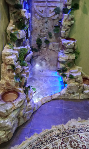 Комнатный водопад
