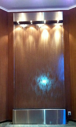 Водопад по стеклу модели А-1