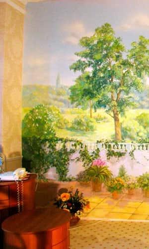 Живопись на стене в кабинете